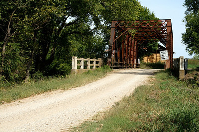 Caney River iron truss bridge west of Hewins