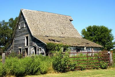 Old barn - northeast Cherokee County