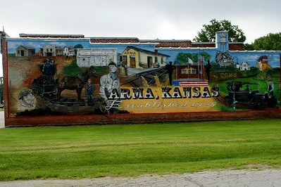 Mural in Arma celebrating the centennial of the town in 2009