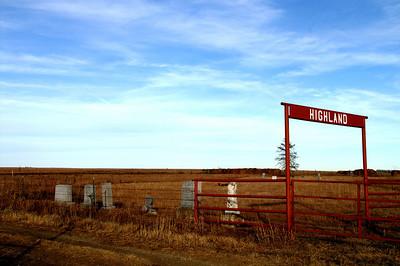 Highland Nixon Cemetery - northern Greenwood County