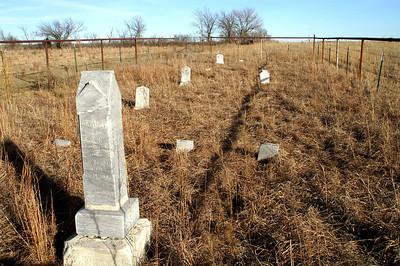 Ravenscroft Cemetery - northwest Greenwood County
