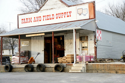 Farm and field store in Centerville