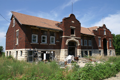 Abandoned school in Bushong