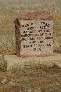 DAR Santa Fe Trail marker in eastern Grant County