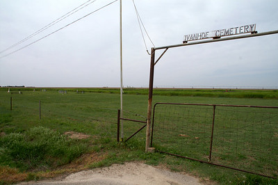 Ivanhoe Cemetery - northern Haskell County