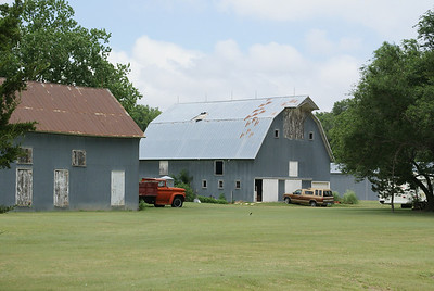 Farm barns - northern Pawnee County