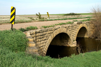 Double masonry arch bridge over Old Maid's Fork - SW Rush County