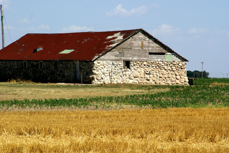 Barn in northwest Scott County
