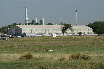 Pipeline processing plant near Cimmaron River