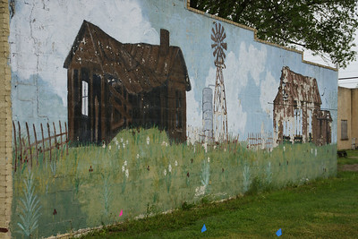 Mural on wall in Johnson City