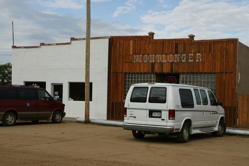 Nightlinger bar and grill in Manter
