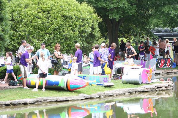 Darlington's 8th grade held it's second annual science class boat race in Silver Lake.