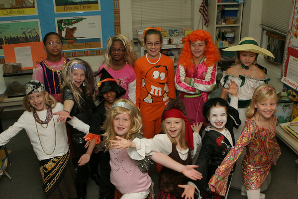 Halloween is fun at DLS Boo Review and DMS Halloween Parade 2007
