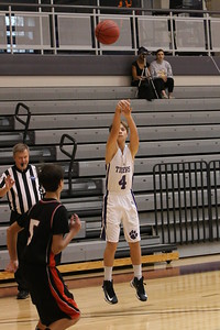 412_DS_DMSbasketballBoys_2014_RA