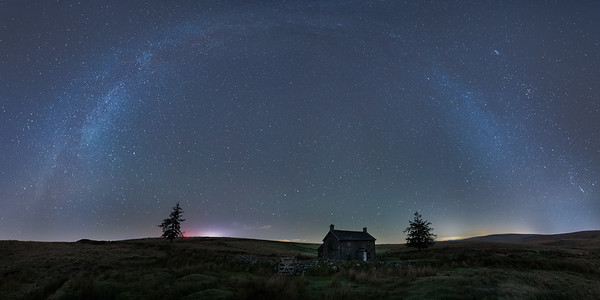 The winter Milky Way over Nuns Cross Farm (Panoramic)