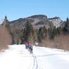 Skiing along the Swift Diamond toward Diamond Peaks