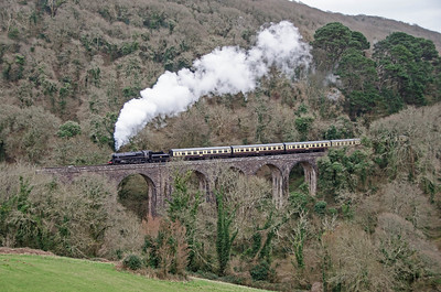 75014 crossing Maypool Viaduct