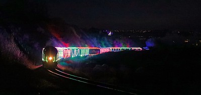D6975 on Train of Lights at Saltern Cove
