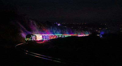 D6975 on Train of Lights at Saltern Cove (1)