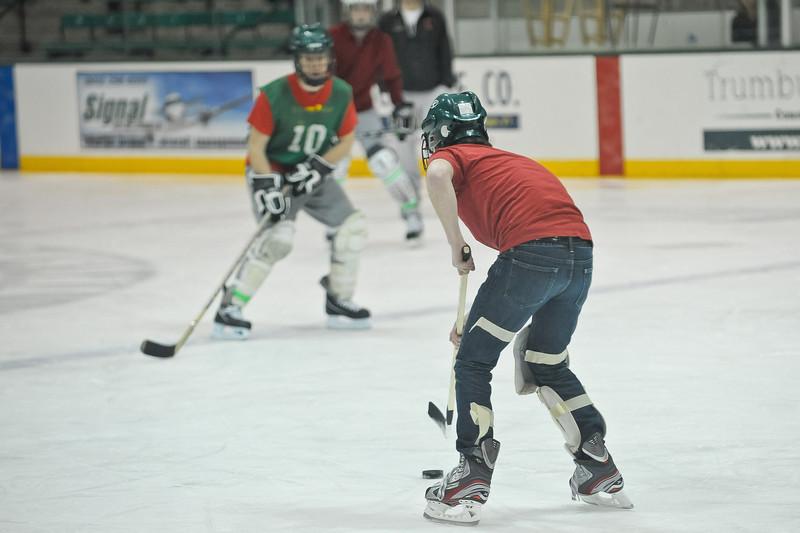 Ming Dynasty Bronze Medal Dartmouth Hockey 2012-121