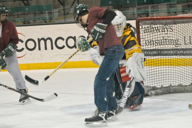 Ming Dynasty Bronze Medal Dartmouth Hockey 2012-150