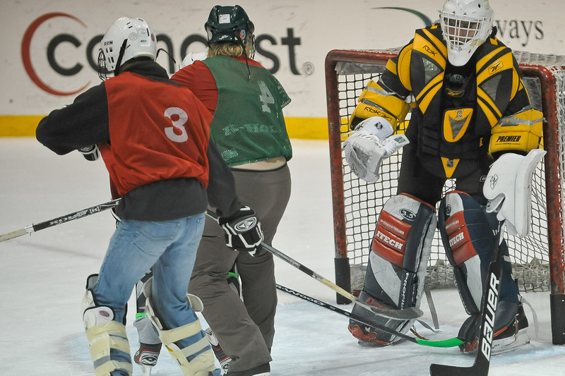 Ming Dynasty Bronze Medal Dartmouth Hockey 2012-140