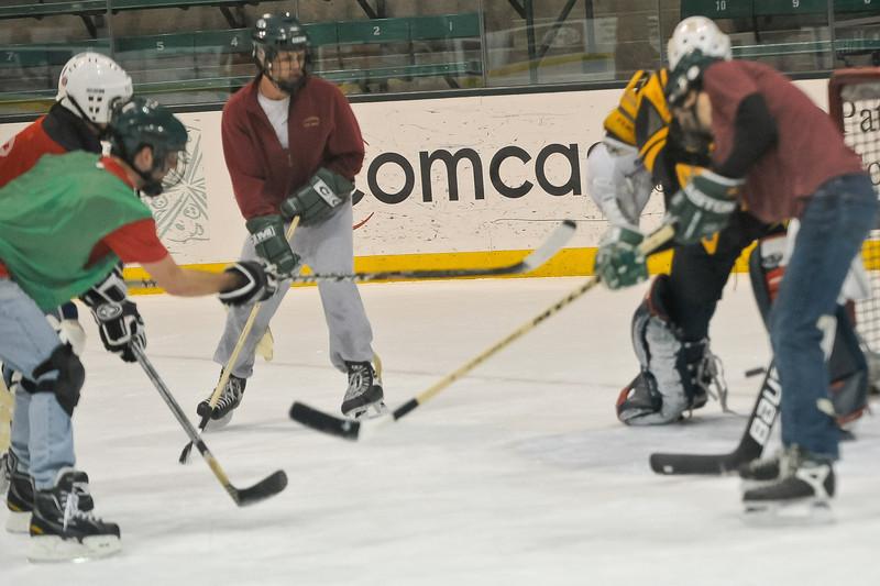 Ming Dynasty Bronze Medal Dartmouth Hockey 2012-149