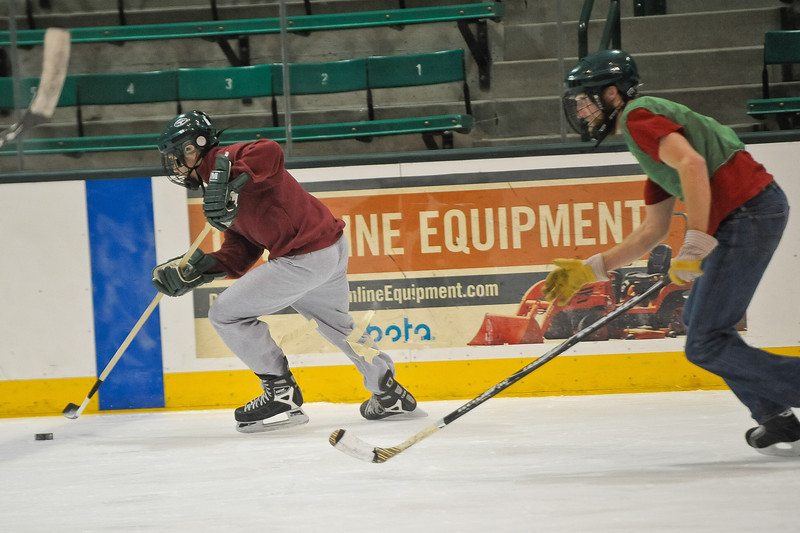Ming Dynasty Bronze Medal Dartmouth Hockey 2012-156