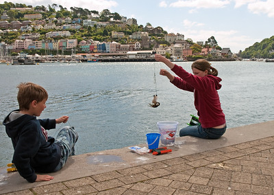 Dartmouth - Children Crabbing