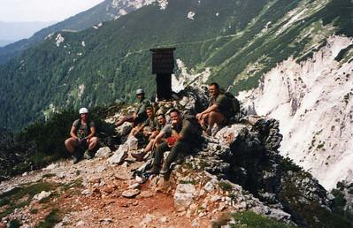 Mit dem Kader des Jägerbataillons 12 am 9.August 1999 auf dem Haidsteig (Rax)