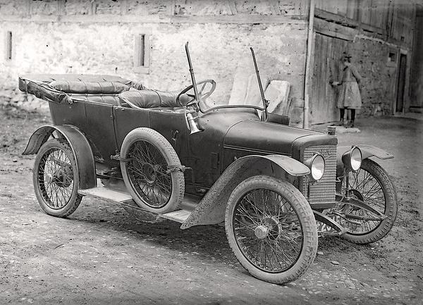 056b Automobil Adler 1920