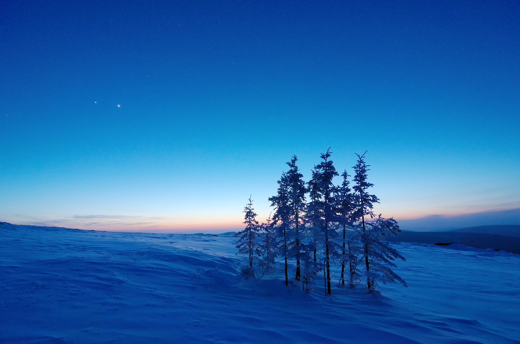 Jupiter and Venus shining bright after sunset as twilight takes over - March 2012