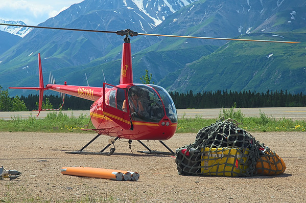 Another loadfield work, helicopter, r44, sling load