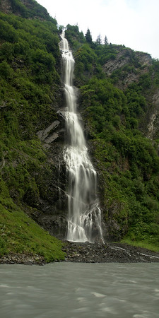 Waterfall in Keystone Canyon along the Richardson Highway outside of Valdez.