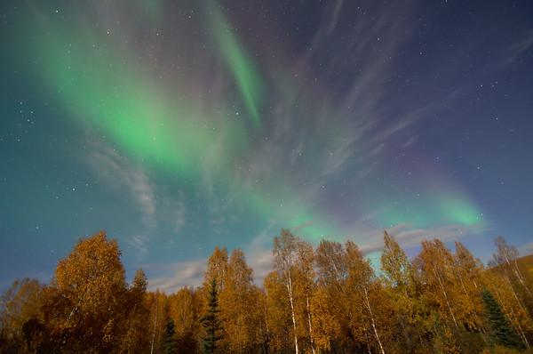 Faint auroral glow 5