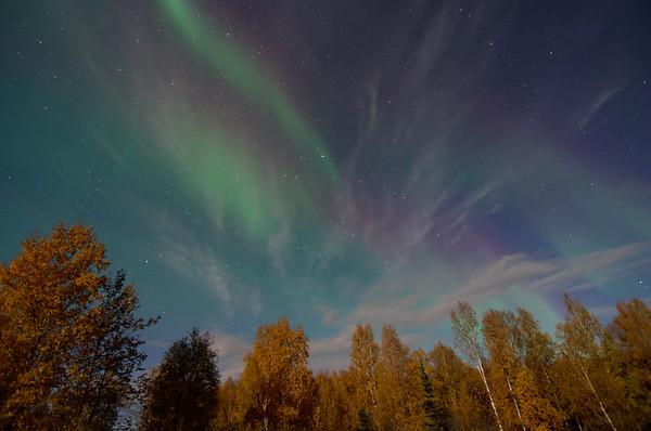 Faint auroral glow 1