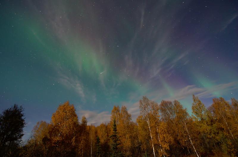 Faint auroral glow 2