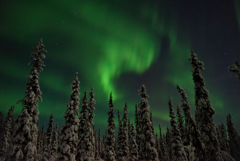 After the initial eruption the entire sky was filled with dancing bands of aurora.