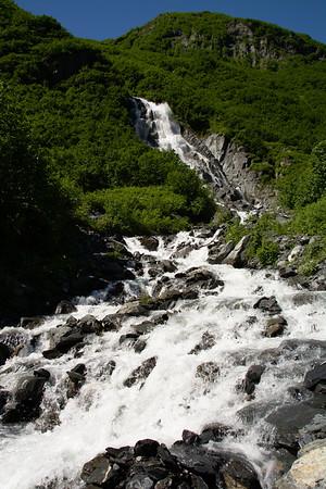 Horsetail Creek Falls