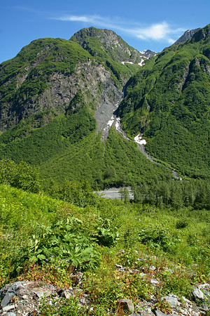 Chugach over Mineral Creek