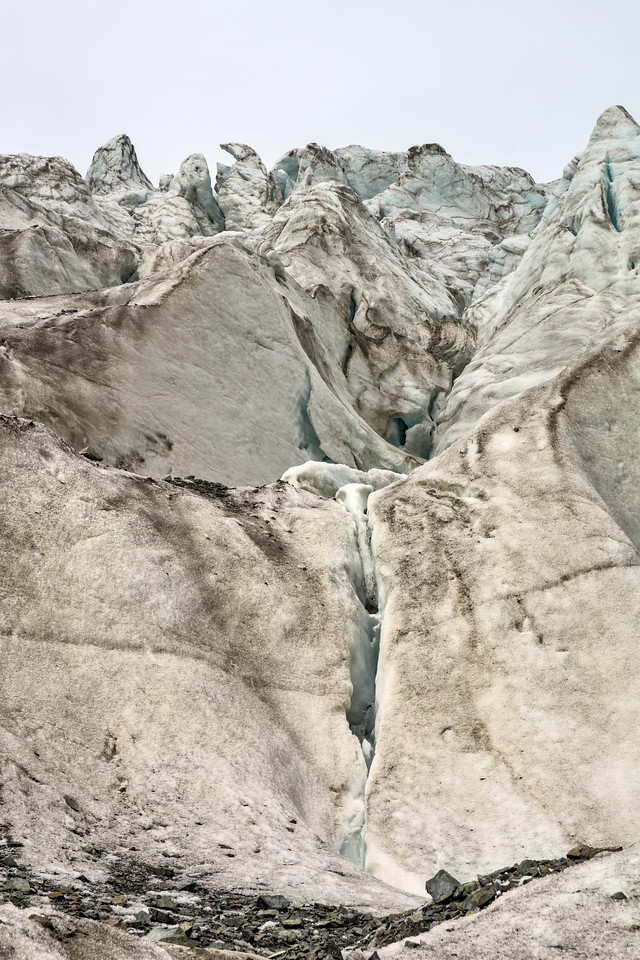 Exploring the Gabriel Icefall on the Gulkana Glacier