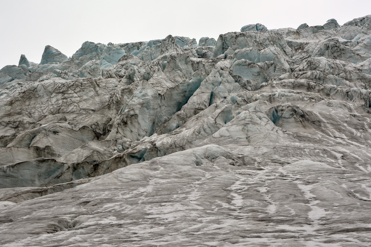 Cose-up view of the Gabriel Icefall on the Gulkana Glacier.