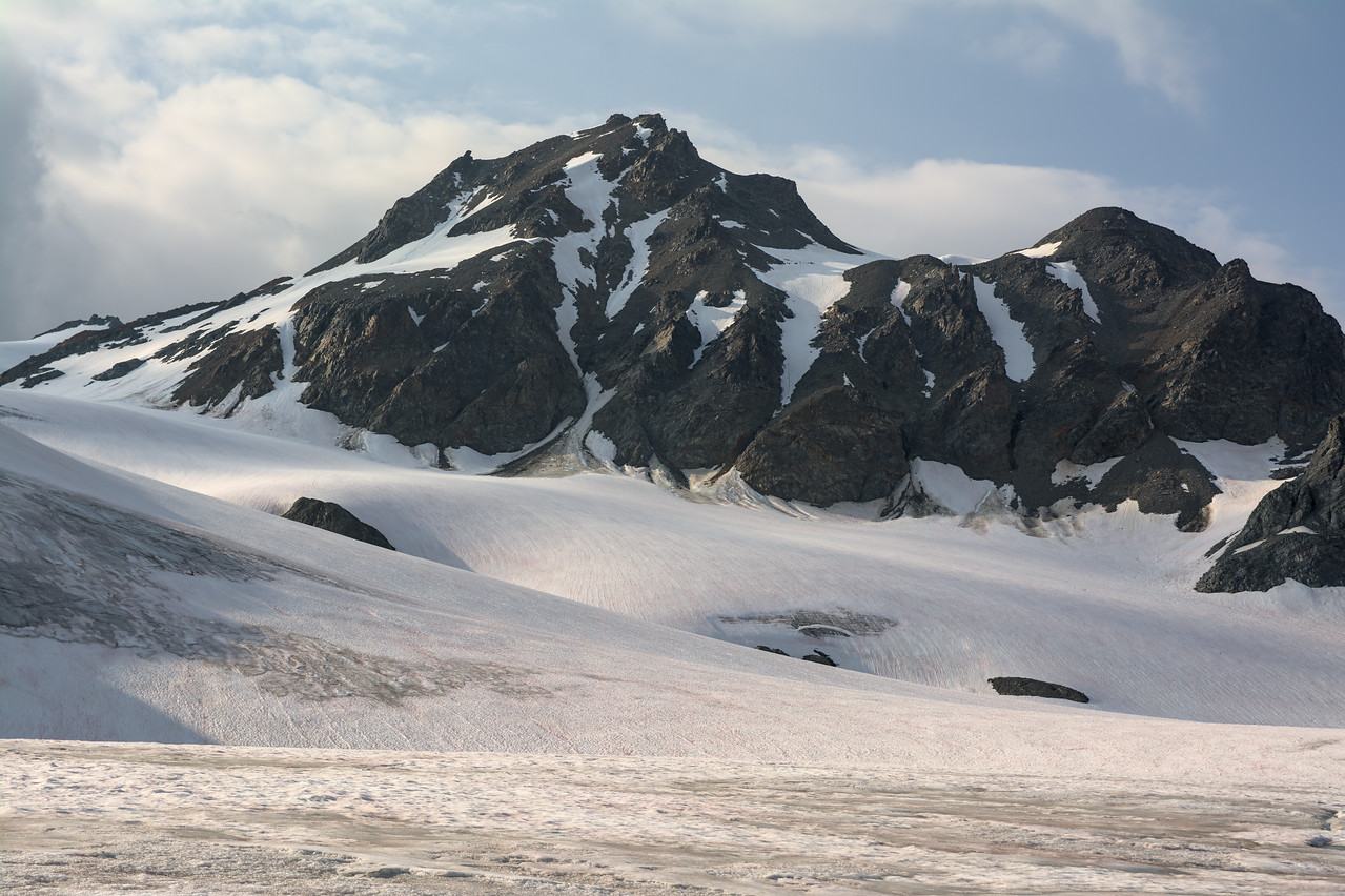 Cony mountain over the Gulkana Glacier