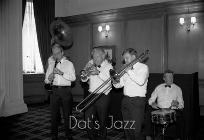 ALLAN ELSDON JAZZ BAND  (87/5207)
