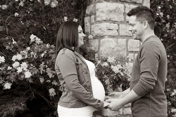 Daughhetee Maternity Photos