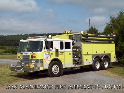 CARSONVILLE FIRE CO. TANKER 19 1989 PIERCE TANKER/PUMPER