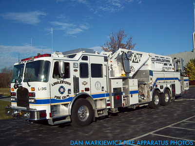 LINGLESTOWN FIRE CO. LADDER 35 2000 KME TOWER LADDER