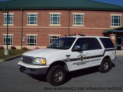 COLONIAL PARK FIRE COMPANY CAR 33 1197 FORD OIC UNIT