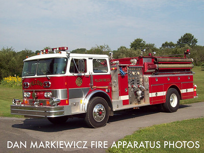 PILLOW FIRE CO. ENGINE 28 1982 HAHN PUMPER