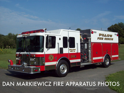 PILLOW FIRE CO. RESCUE 28 2000 HME/NEW LEXINGTON PUMPER RESCUE